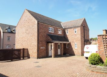 Thumbnail Commercial property to let in Kings Head Place, Market Harborough, Leicestershire