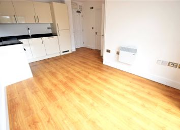Thumbnail 1 bed flat to rent in Swan Court, Waterhouse Street, Hemel Hempstead, Hertfordshire