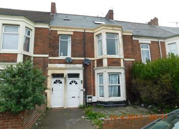 Thumbnail 5 bed maisonette to rent in Welbeck Road, Walker