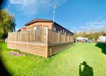 Thumbnail 3 bed mobile/park home for sale in Billing Aquadrome, Crow Lane, Great Billing, Northampton