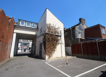 Thumbnail 4 bed flat to rent in Albert Road, Southsea