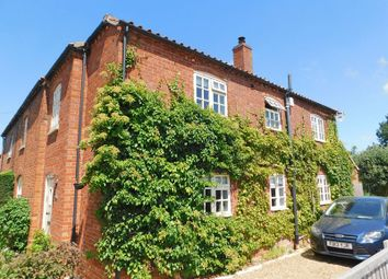 Thumbnail 4 bed cottage to rent in Carlton Road, Hough-On-The-Hill, Grantham