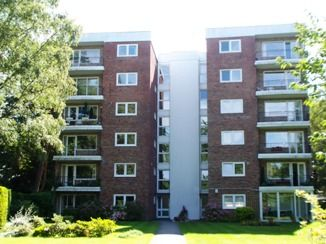 Thumbnail 2 bedroom flat to rent in Chartwell, The Avenue, Poole