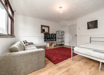 3 bed flat to rent in Rotherhithe New Road, London SE16