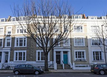 Thumbnail 3 bed flat to rent in Kempsford Gardens, London