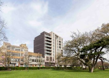 Thumbnail 2 bed flat to rent in Park Walk, Southampton