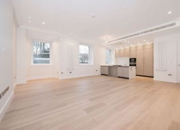 Thumbnail 3 bed flat to rent in Arkwright Road, Hampstead