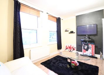 Thumbnail 2 bed detached house for sale in Glenwood Road, Catford, London, Greater London.