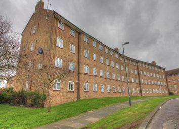 Thumbnail 3 bed flat for sale in Valence Road, Erith
