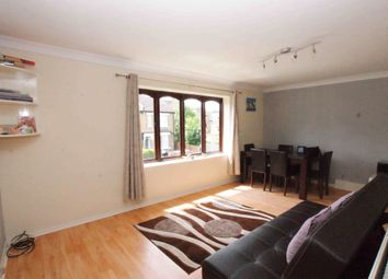 Thumbnail 1 bed flat to rent in Melvin Road, London