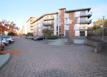 Thumbnail 3 bed maisonette to rent in Commonwealth Drive, Crawley