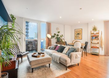 High Street, London E15. 1 bed flat for sale