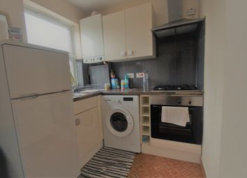 Thumbnail Studio to rent in Oldfields Circus, Northolt