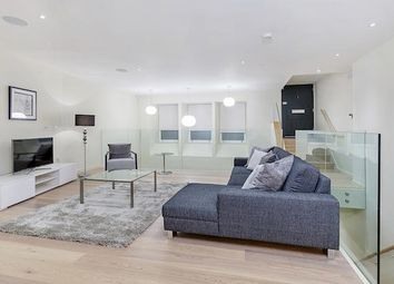 Thumbnail 3 bed flat to rent in Lovat Lane, London