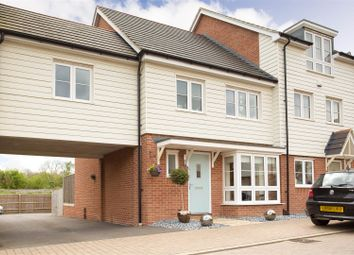 Thumbnail 4 bed town house for sale in Pershore Way, Aylesbury