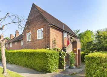 2 bed maisonette for sale in Addison Way, London NW11