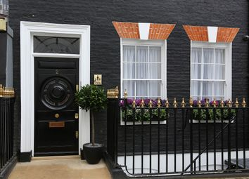 Thumbnail 4 bedroom detached house to rent in Deanery Street, Mayfair, London
