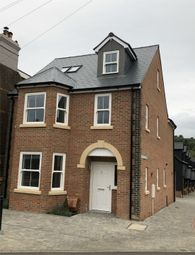 Thumbnail 4 bed detached house for sale in Bulbourne Mews, Kingsland Road, Boxmoor, Hemel Hempstead, Herts