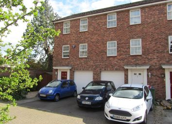 Thumbnail 3 bed town house to rent in Avro Close, Southampton