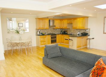 Thumbnail 2 bed flat to rent in Convent Court EPC - C, Hatch Lane, Windsor