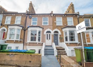 Thumbnail 2 bed flat to rent in Combedale Road, London