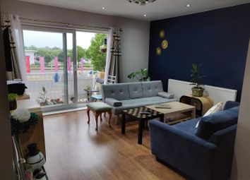 Thumbnail Room to rent in Devonshire Way, Hayes