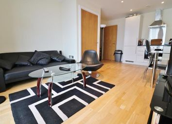 Thumbnail 1 bed flat to rent in Cobalt Point, 38 Millharbour, Canary Wharf, London