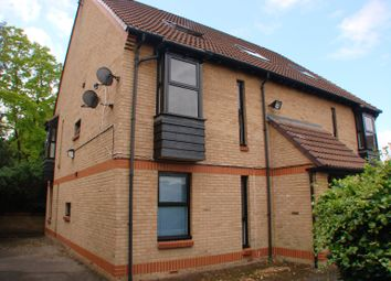 Thumbnail 1 bed flat to rent in Cobb Close, Datchet, Slough