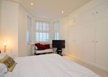 2 bed maisonette to rent in Redcliffe Square, London SW10