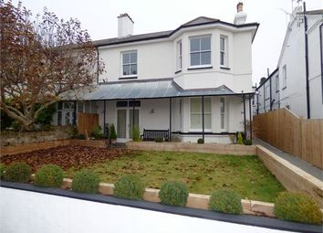 Thumbnail 2 bed flat for sale in Clifftown Parade, Southend On Sea, Southend On Sea
