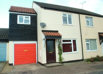 3 bed property for sale in Spinney Close, Long Stratton, Norwich NR15