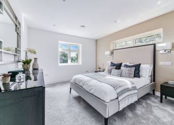 Thumbnail 3 bedroom flat for sale in Harewood Road, South Croydon