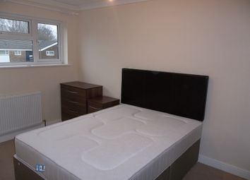 Thumbnail 5 bed shared accommodation to rent in Parkfield Close, Crawley