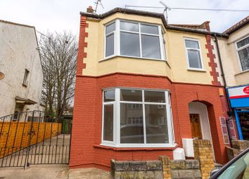 2 bed flat for sale in Fairfax Drive, Westcliff-On-Sea SS0