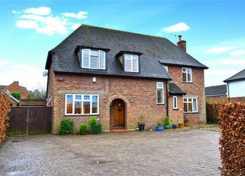 Thumbnail 4 bed detached house to rent in Fairfield Lane, Farnham Royal, Buckinghamshire