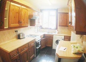 Thumbnail 3 bed terraced house to rent in Argyll Avenue, Luton