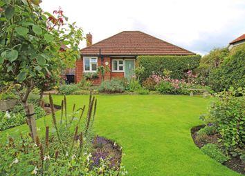 Little Green Lane, Chertsey, Surrey KT16. 2 bed bungalow