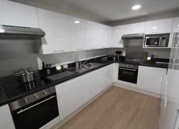 Thumbnail 6 bed flat to rent in Vincents Walk, Southampton