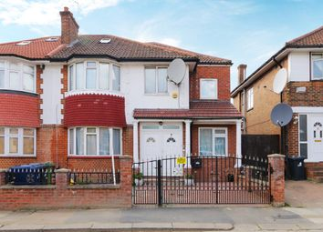 6 bed property to rent in Foster Road, London W3