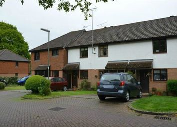 Heather Mead, Frimley, Camberley GU16. 2 bed terraced house