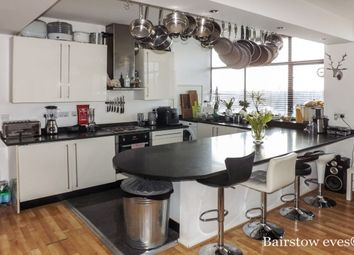 Thumbnail 4 bed flat to rent in Forest House, Carnarvon Road, South Woodford