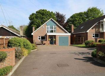 Thumbnail 3 bed detached house for sale in Orchard End Avenue, Amersham