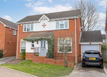 Abergavenny Gardens, Copthorne, Crawley RH10. 4 bed property for sale