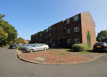 1 bed flat to rent in Clydesdale Close, Borehamwood, Herts WD6