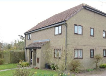 Thumbnail 1 bedroom maisonette to rent in Elford Close, Lower Earley, Reading