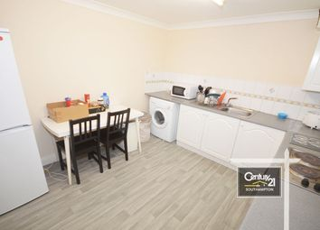 2 bed flat to rent in |Ref: F1|, Winchester Street, Southampton SO15