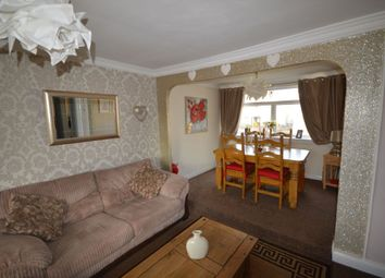 Thumbnail 2 bed flat for sale in Heathery Knowe, East Kilbride, South Lanarkshire
