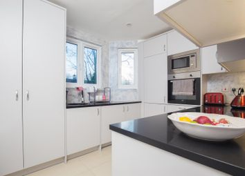 3 bed maisonette to rent in Keslake Road, Queens Park, London NW6