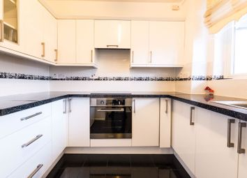 Thumbnail Room to rent in In A Flat Share, King's Cross