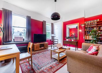 3 bed maisonette for sale in Hanley Road, London N4